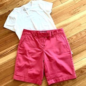 Vineyard Vines Shorts size 6